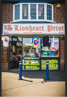 """<div class=""""name""""> 349 Aspley Lane, Nottingham, NG8 5GA</div> <span>Are you struggling to use our customise programme?  Send us an email to sales@lionheartprint.com</span><br /><span></span><div class=""""name"""">A 5 working day turn around if in stock Please read our T&C. Website deals are website only.</div>"""